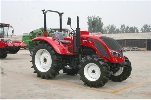 QLN-700/704 tractor(70hp 51.5KW 2/4WD)