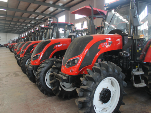 Farm Tractor For Sale with Competitive Price
