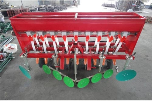 Wheat fertilization planter